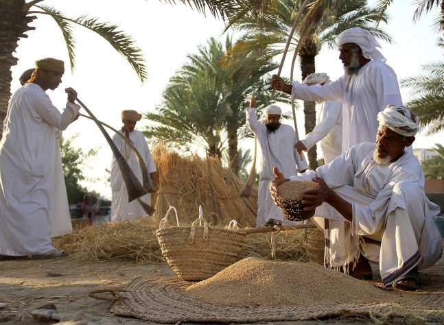 sultanate-of-oman-weaving